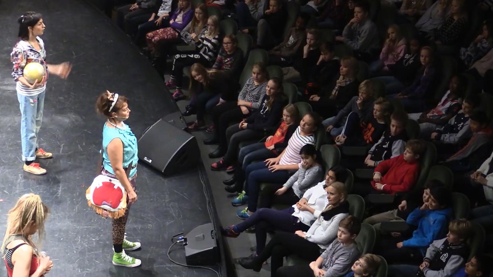 Elever besöker Gävle konserthus