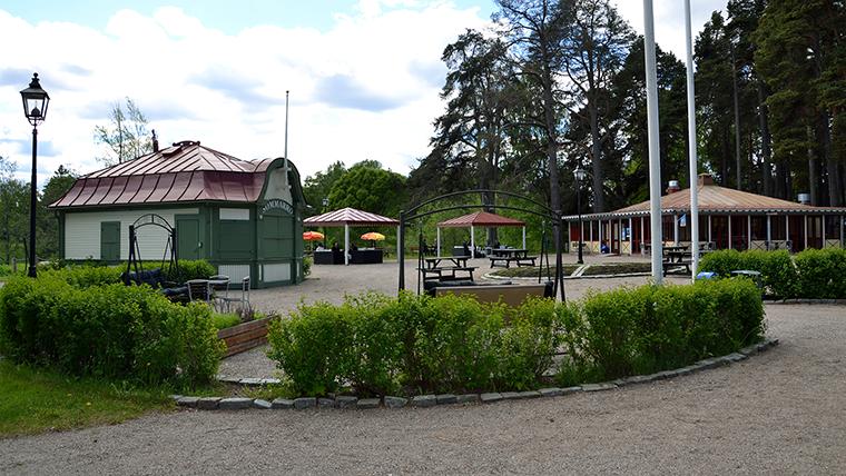Sommarkaféet i Boulognerskogen.