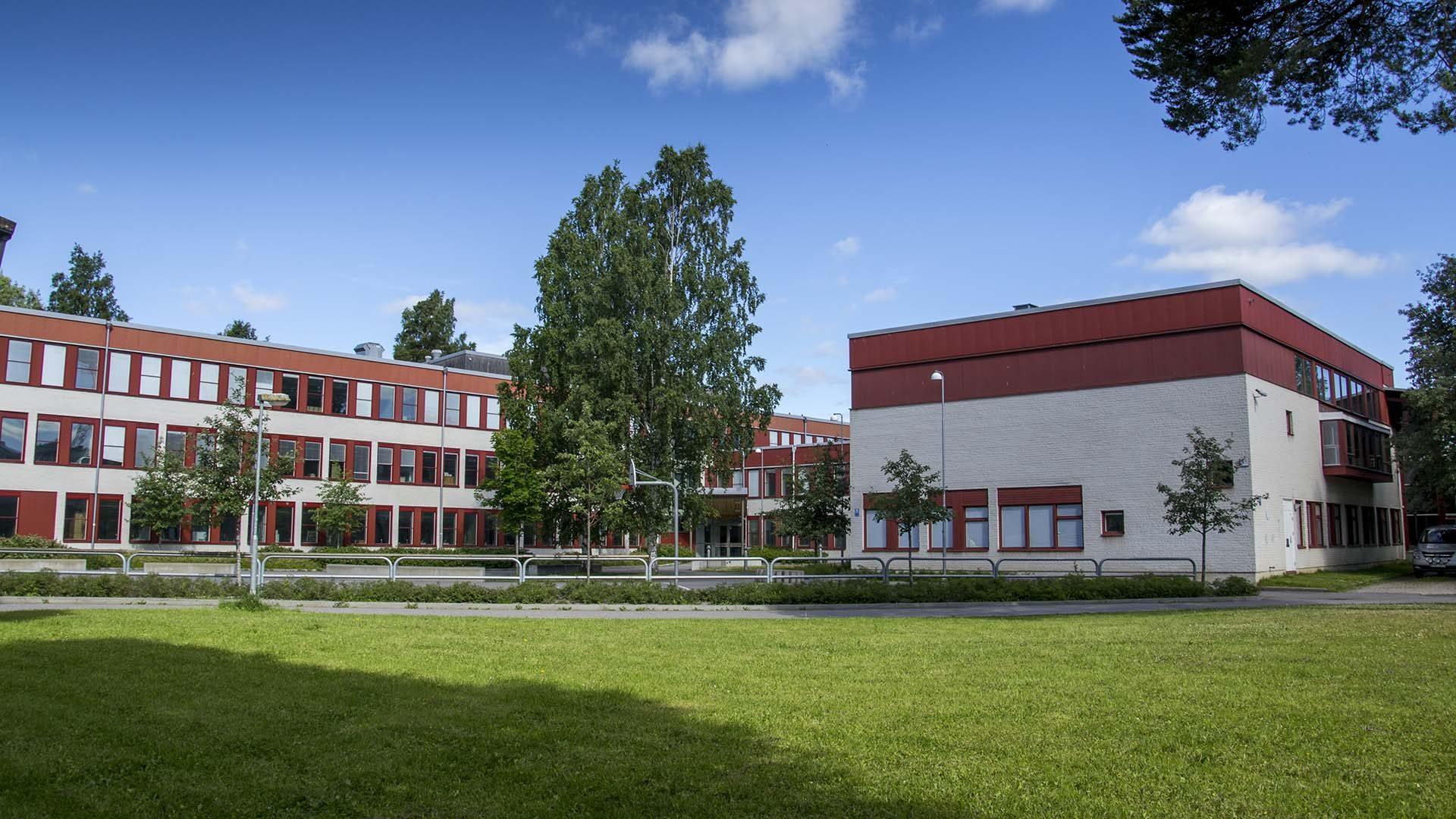 Sätraängsskolan från utsidan