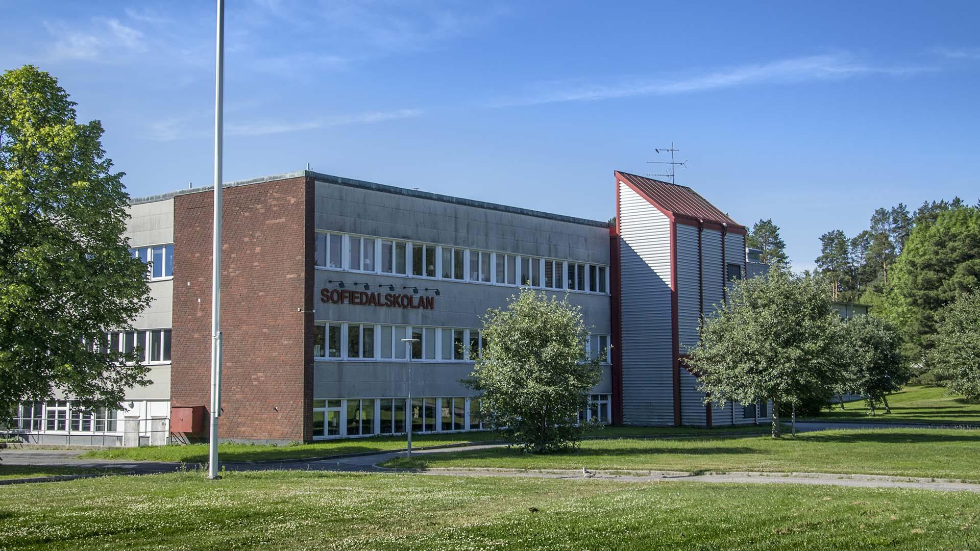 Sofiedalskolan från utsidan