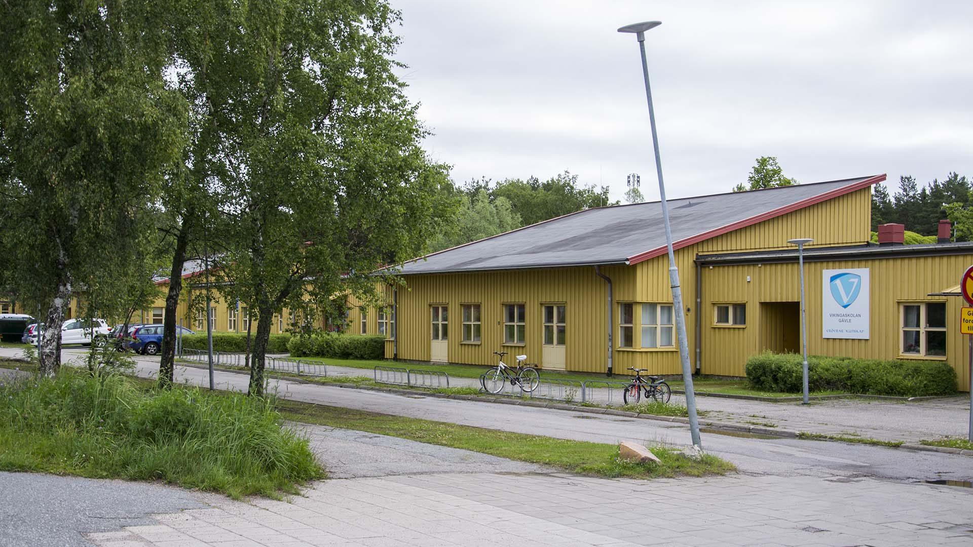 Vikingaskolan från utsidan