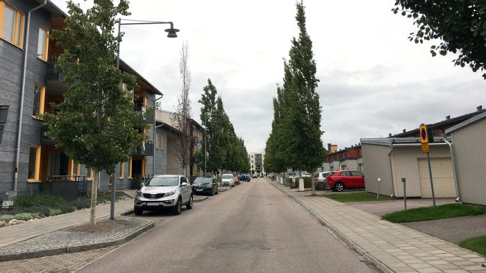 Parkerade bilar på Sjåaregatan, Gävle strand