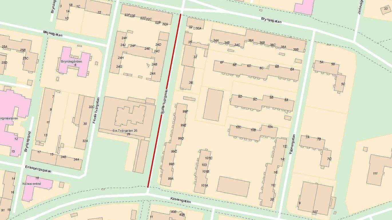 Beläggningsarbete på Sjätte tvärgatan mellan Brynäsgatan och Kaserngatan