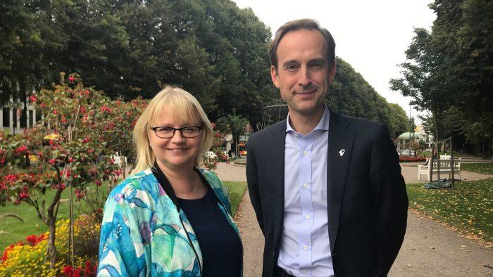 Helene Åkerlind och Mikael Durnik