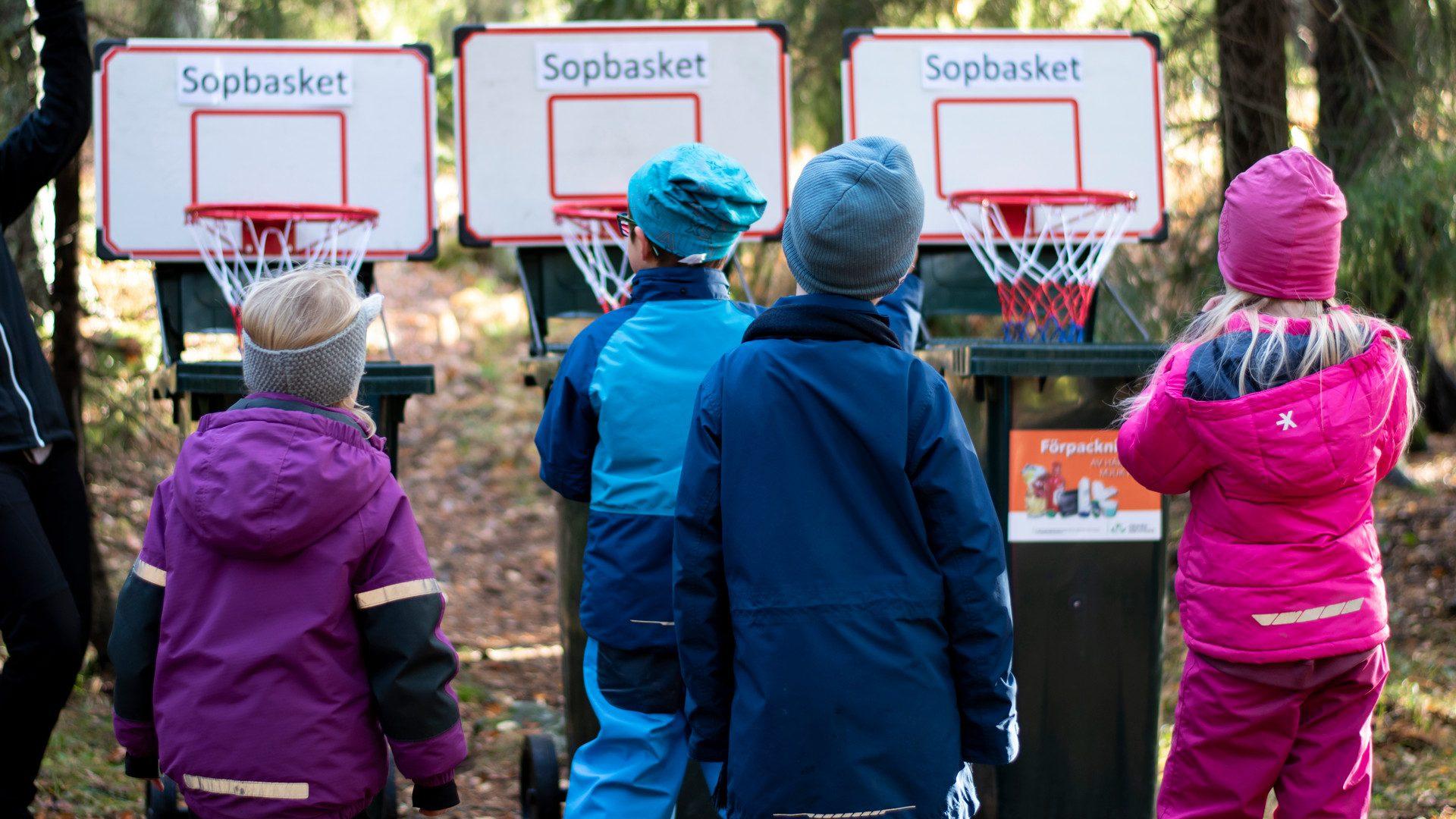 Barn lär sig sopsortering på lekfullt sätt i Hemlingby