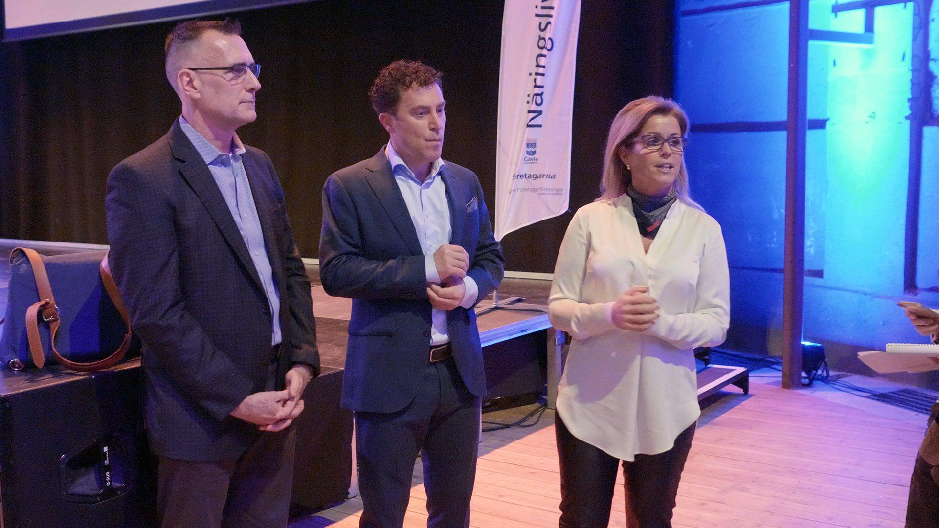 Representanter från Microsoft tillsammans med Åsa Wiklund Lång