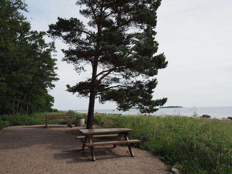 Rastplats på Utvalnäs udde