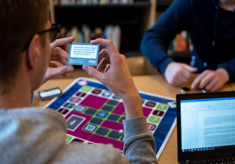 Elever och ett spel