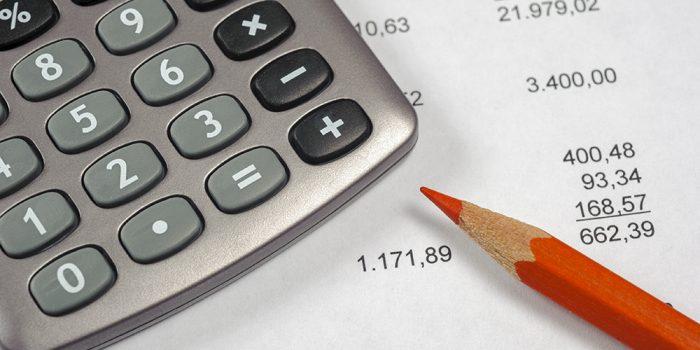 Ekonomi och beräkning med miniräknare