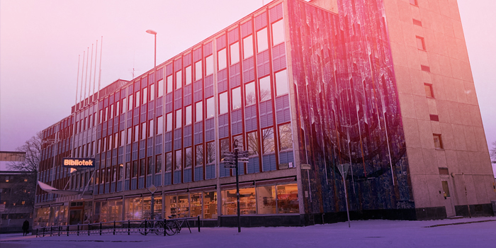 Fasadbild över Stadsbiblioteket.