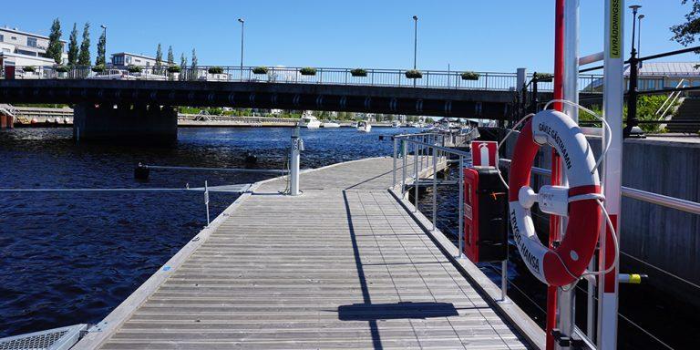 Bryggorna i Gästhamnen.