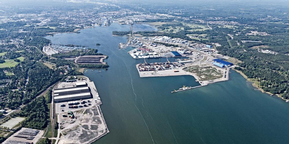 Vy över Gävle hamn